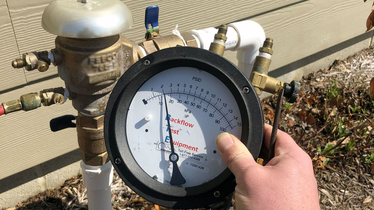 backflow prevention testing device